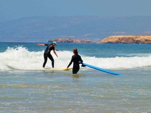 Learn-To-Surf-in-Paradise-Morocco