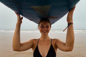 Jongeren surfcamps
