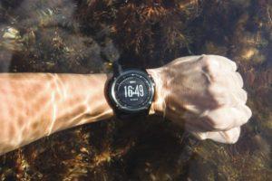surf travel watch